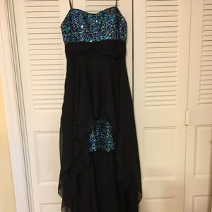 Dresses & Skirts - High-Low Formal Dress