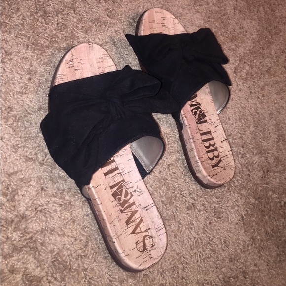 457fe0572c7 Black bow tie sandals. M 59ee64967fab3a8ea00f0737