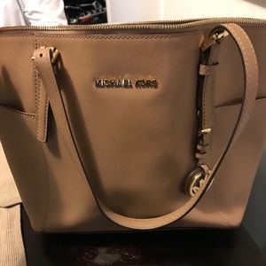 Michael Kors Purse/Wallet Set - great condition!