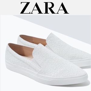 ❗️SALE❗️ ZARA White Glitter Matte Pointed Sneakers