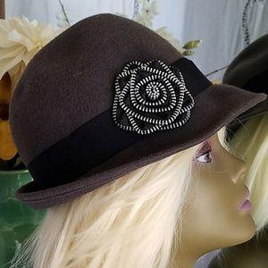 Wool Zipper Flower Flapper Hat