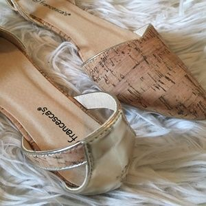 NWOB Francesca's Cork Gold Point Toe Flats