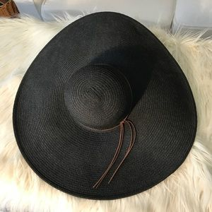 VGUC H&M Oversized Sun Hat