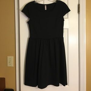 Xhilaration Black Cap sleeve dress size medium