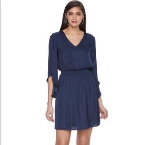 NWT Jennifer Lopez flutter sleeve dress