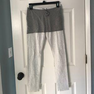 Lululemon cotton skirted legging size 6