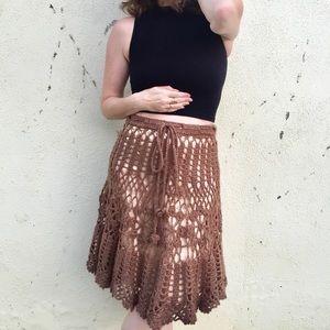 Vintage BOHO CROCHET SKIRT gold brown knit midi M