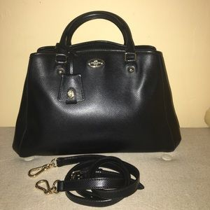 Coach Margot Carry all purse in black Leather.