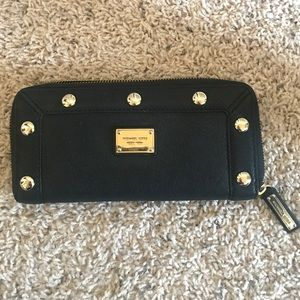 Michael Kors Wallet - Black/Gold