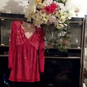 ADORABLE  RED LACE LADIES LONG SLEEVE  TOP