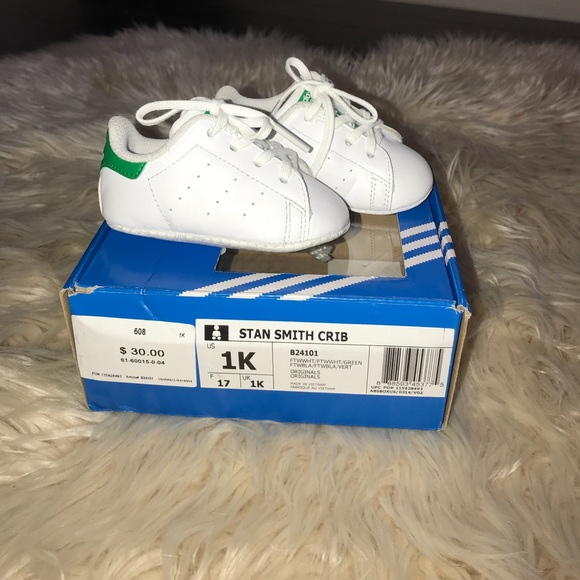 wholesale dealer a9cbf 79368 Stan Smith ADIDAS Baby shoes