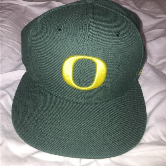 ea609519d Oregon Ducks hat 🦆 🎩