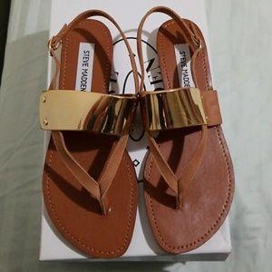 Steve Madden Cufff  Cognac Sandals.