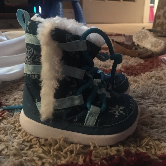 Infant Girl Nike Snow Boots