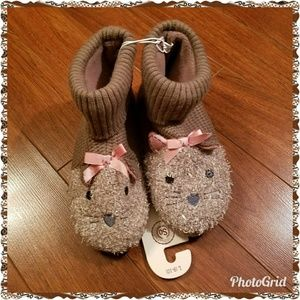Kitty cat bootie slippers