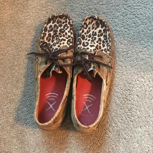 86dce299a15 Ariat Shoes - ARIAT cheetah driving Mocs