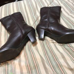 Predictions Dark Brown Boots