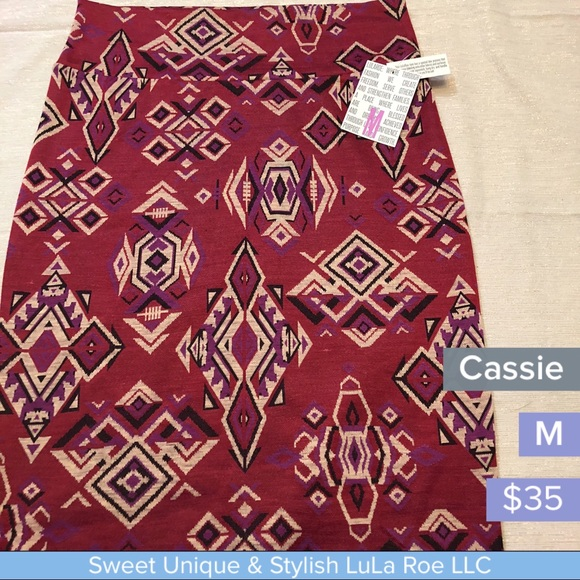 LuLaRoe Dresses & Skirts - LuLa Roe Cassie pencil skirt