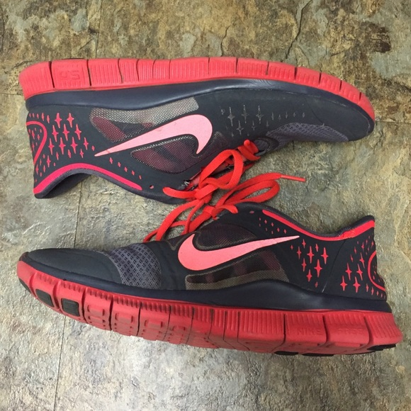 new arrival ff0a4 3739c Women s Nike Free Run 3 Sneakers. M 59ee7afc7fab3a7ff30f6e3a