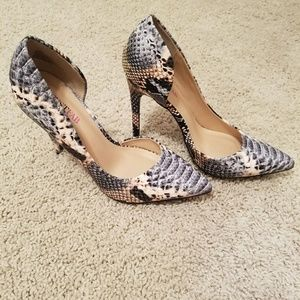 Just Fab Snake Skin Pumps