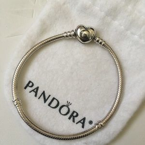 Pandora Smooth Heart Bracelet