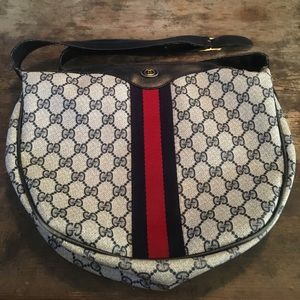 Gucci handbag/purse