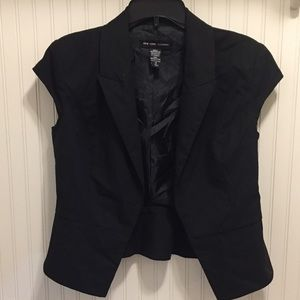 New York and Company cap sleeve open blazer