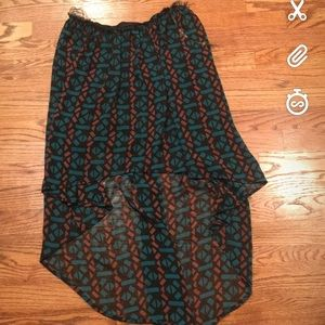 Asymmetrical high low skirt