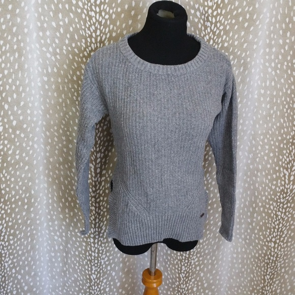 db9f32267a TOMS for Target Ribbed Knit Gray Sweater. M 59ee8198c6c7958e2f0f6960