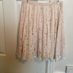 Cream lace skirt with blush lining