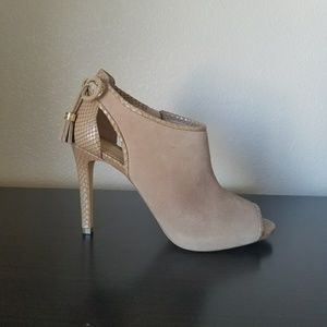 Michael Kors Open Toe Booties Nude 8.5