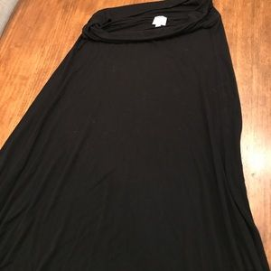 LuLaRoe Black Maxi skirt M
