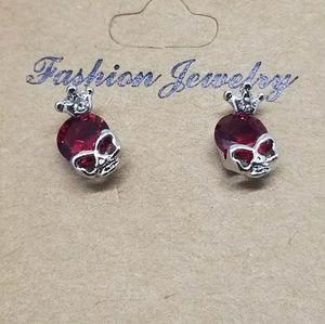 Skull stud earrings  red