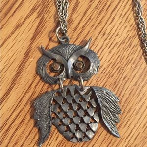 Vintage dangling owl pendant and chain necklace