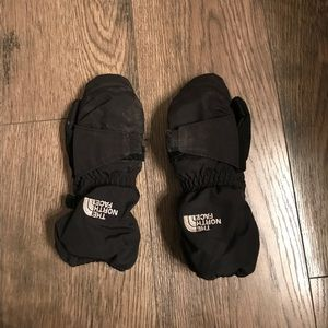 North face 3T mittens