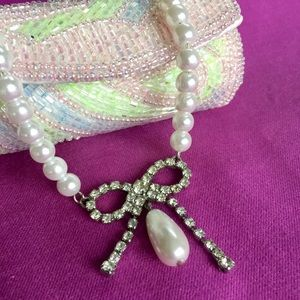 Vintage Faux Pearl Rhinestone Bow Necklace