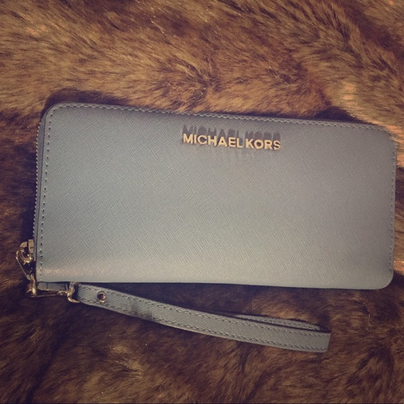 b4a07c62cf06cb MICHAEL Michael Kors Bags | New Michael Kors Leather Continental ...