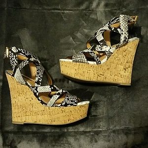 Black and White Snakeskin Printed Wedges NWOT