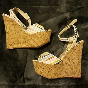 Herringbone Wedges NWOT