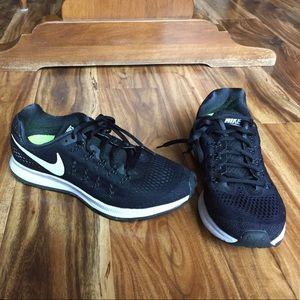 Nike Zoom Pegasus 33, 7.5 Women's
