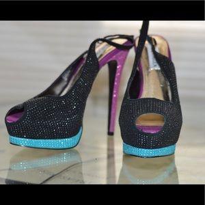 Steve Madden masqraid limited edition heels- 7.5