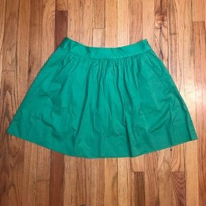 ☘️Lucky Green Skirt from Banana Republic☘️