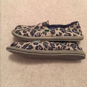 Sanuk Shoes - Sanuk women s on the prowl flats in cheetah e31341cbf