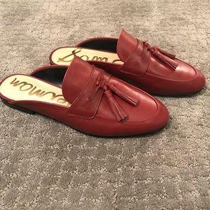 Mule Paris red tassel shoes!!⭐️❤️