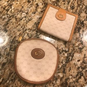 Vintage Gucci wallet and coin pouch