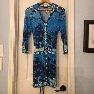 BCBG v-neck blue flower print dress