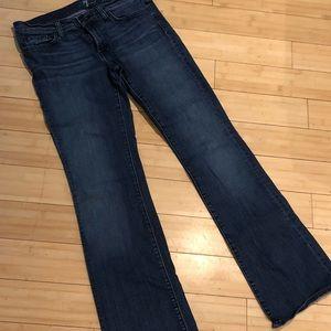 7 Bootcut Jean