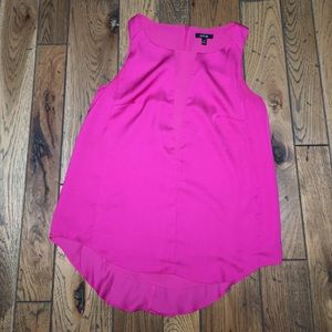 Detailed Fuschia Top *Make an offer*