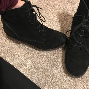 Suede Steve Madden boots size 8