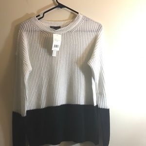 Vince sweater top